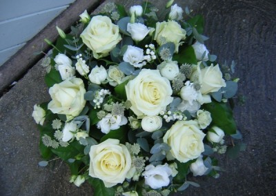 White posy pad arrangement