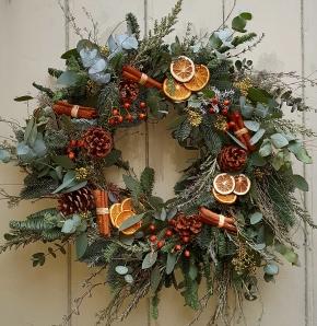 Christmas Wreath Making Workshop Thurs 6th Dec 2018 6