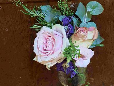 vintage rose pew end