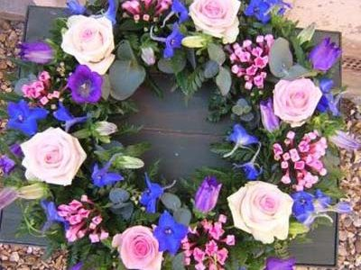 Medium wreath 14""