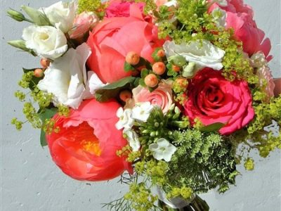 coral-bridal-bouquet-with-peonies
